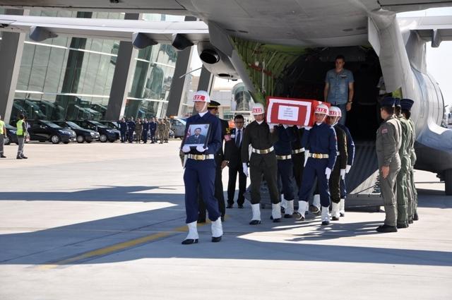 Şehit Jandarma Uzman Çavuş Enes Kaya'ya son görev galerisi resim 1