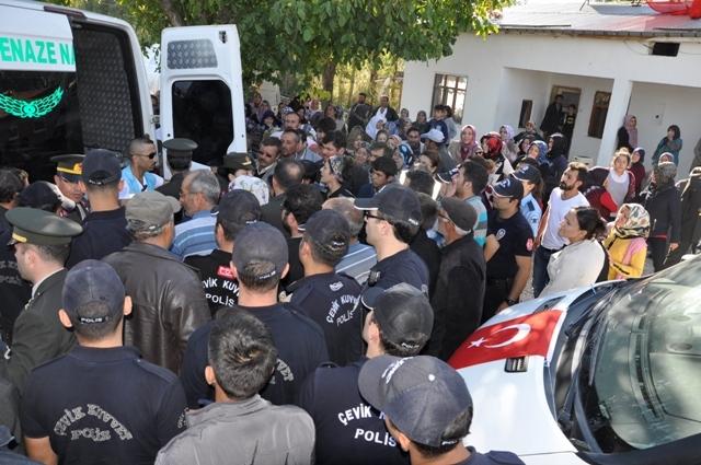 Şehit Jandarma Uzman Çavuş Enes Kaya'ya son görev galerisi resim 14