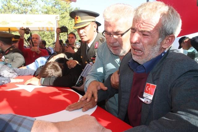 Şehit Jandarma Uzman Çavuş Enes Kaya'ya son görev galerisi resim 23