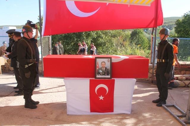 Şehit Jandarma Uzman Çavuş Enes Kaya'ya son görev galerisi resim 27