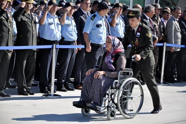 Şehit Jandarma Uzman Çavuş Enes Kaya'ya son görev galerisi resim 6