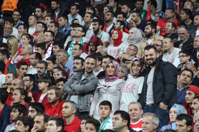 Konya'da milli heyecan galerisi resim 8
