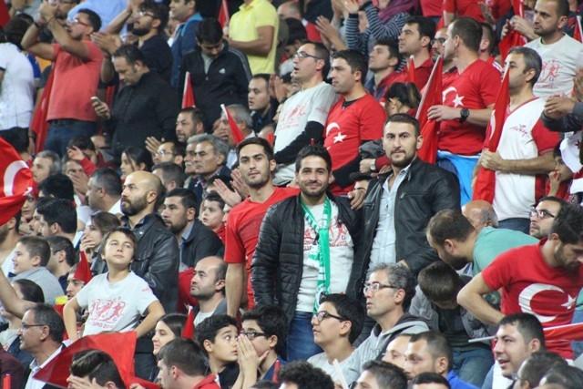 Konya'da milli heyecan galerisi resim 9