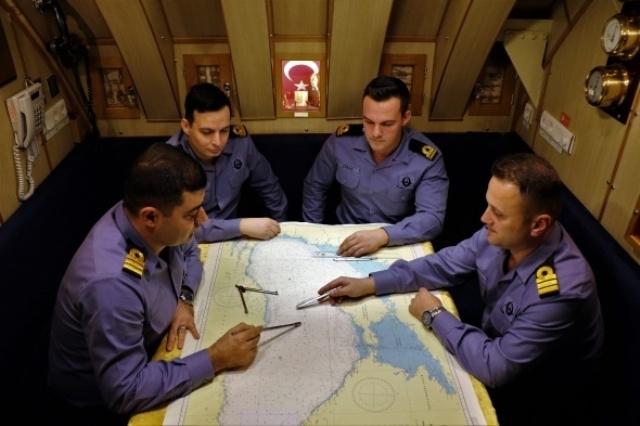 Türk donanmasının, denizaltındaki sessiz gücü galerisi resim 13