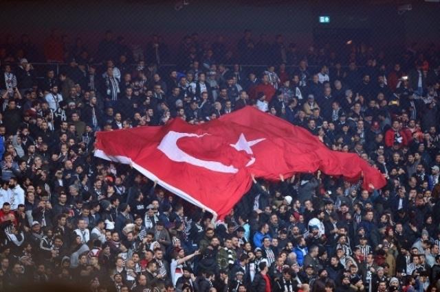 Beşiktaş Fenerbahçe derbisinden kareler galerisi resim 1