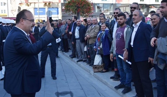 Vali Canbolat, Konya'dan gözyaşlarıyla uğurlandı galerisi resim 1