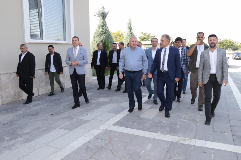 Vali Cüneyit OrhanToprak: Fanatik Konyasporluyum galerisi resim 25