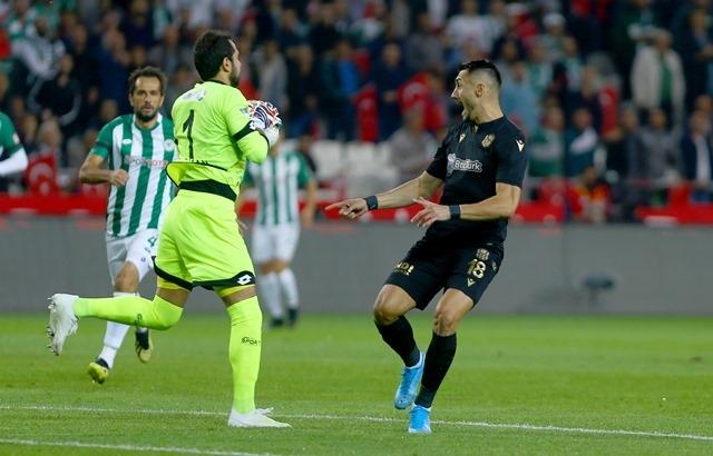 İH Konyaspor: 0 - B.Y Malatyaspor: 2 galerisi resim 2
