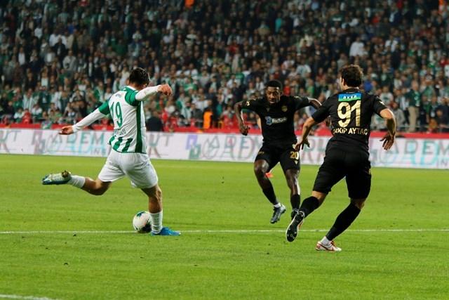 İH Konyaspor: 0 - B.Y Malatyaspor: 2 galerisi resim 53