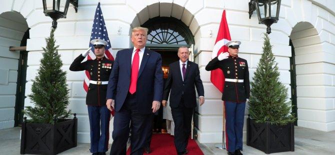 Beyaz Saray'dan renkli görüntüler