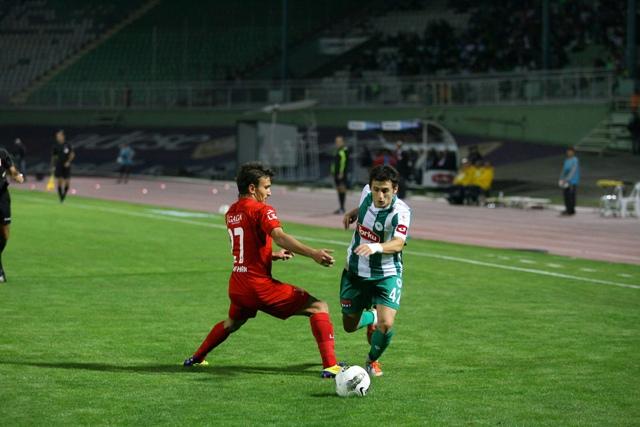 Konyaspor - TKİ Tavşanlı Linyitspor 0-1 sezon 2011 / 2012  galerisi resim 1