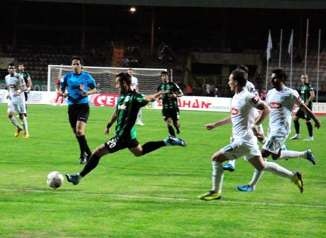 Sakaryaspor - Konyaspor 0-2 sezon 2011 / 2012 galerisi resim 2