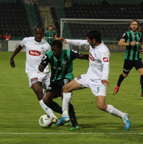 Denizlispor - Konyaspor 1-2 Sezon 2011-2012  galerisi resim 7