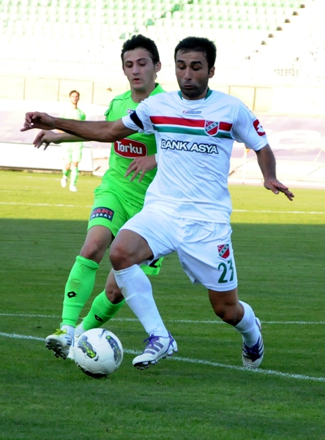 Konyaspor - Karşıyaka 1-0 sezon 2011 / 2012  galerisi resim 13
