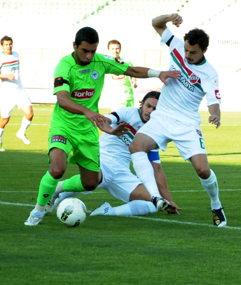 Konyaspor - Karşıyaka 1-0 sezon 2011 / 2012  galerisi resim 14