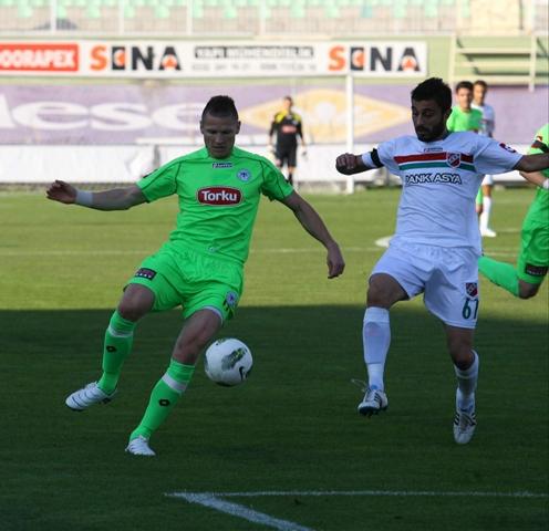 Konyaspor - Karşıyaka 1-0 sezon 2011 / 2012  galerisi resim 2