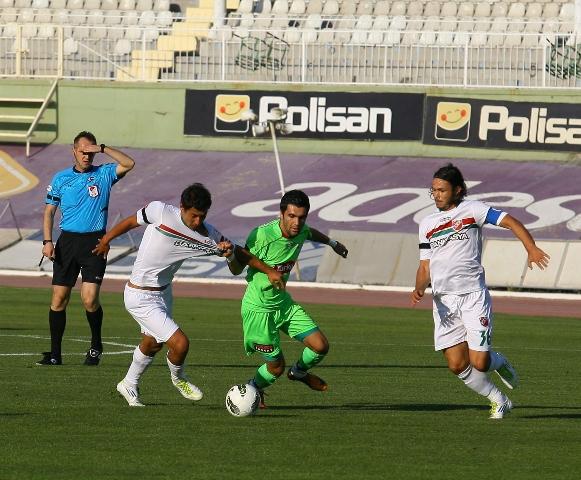 Konyaspor - Karşıyaka 1-0 sezon 2011 / 2012  galerisi resim 4