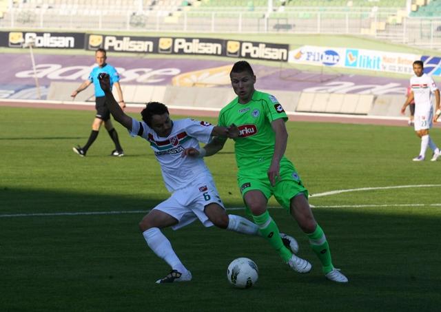 Konyaspor - Karşıyaka 1-0 sezon 2011 / 2012  galerisi resim 5