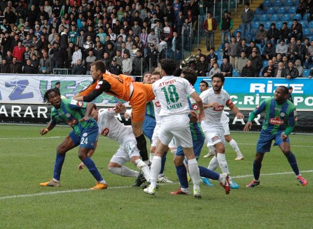 Çaykur Rizespor - Konyaspor 2-2  Sezon 2011-2012  galerisi resim 1
