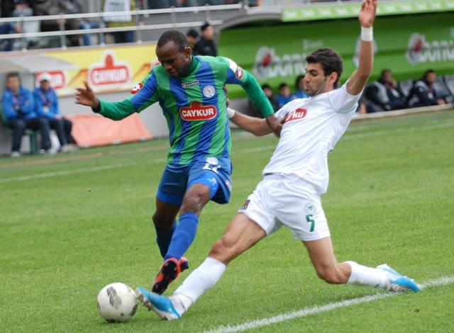 Çaykur Rizespor - Konyaspor 2-2  Sezon 2011-2012  galerisi resim 16