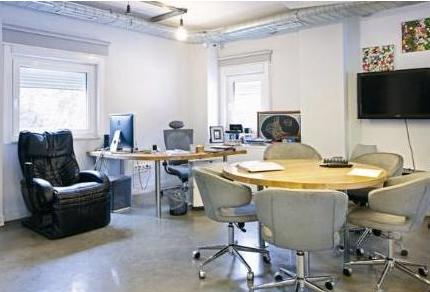 Ünlülerin akılalmaz çalışma odaları galerisi resim 11