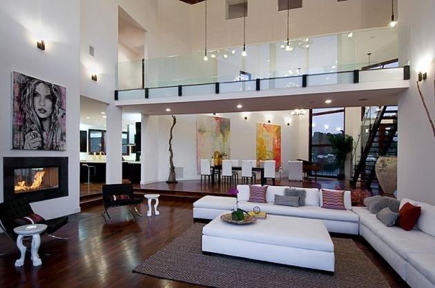 Rihannanın Los Angelestaki evi