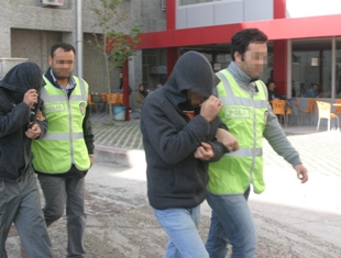 Konyada hırsızlar yakalandı