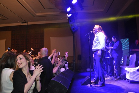 Volkan Konak Konya'da konser verdi