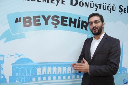 Öztekin, Beyşehir'de söyleşiye katıldı
