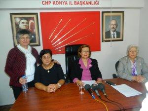 Konya'da CHP'li Kadınlar, Bahriye Üçok'u andı