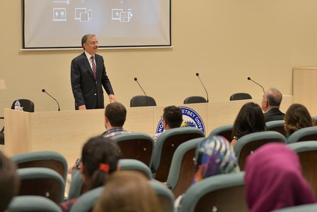 KMÜ Rektörü, İlk Öğrencilerine Seslendi