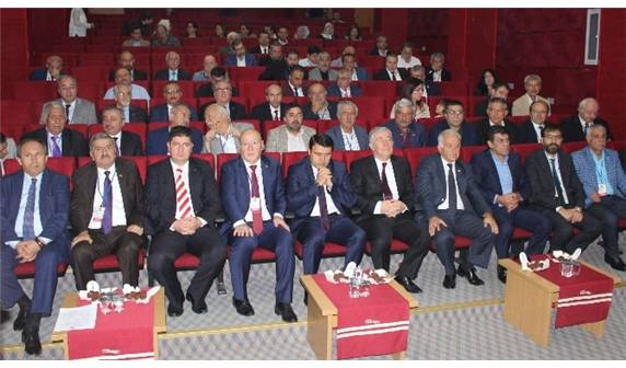 Türkiye Gazeteciler  Konfederasyonu Başkanlar Kurulu Yalova'da toplandı.