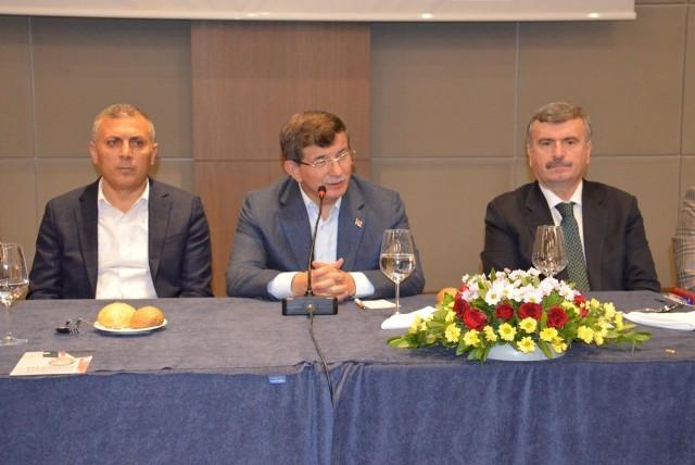 """Davutoğlu: """"Konya her zaman tek yumruk olmuştur"""""""