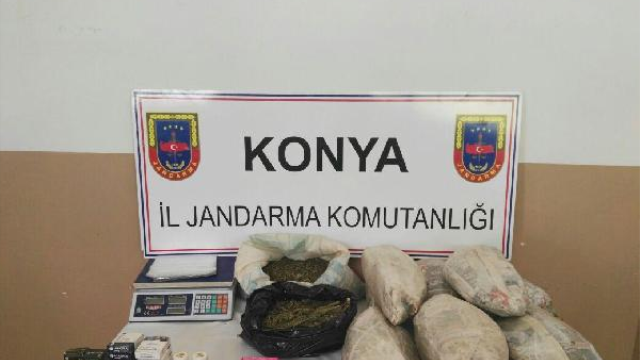 Konya'da Foseptik Çukurunda 14 Kilo Esrar Ele Geçirildi