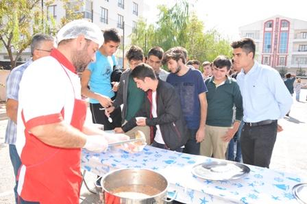 Zeki Özdemir Anadolu Lisesi'nde aşure günü