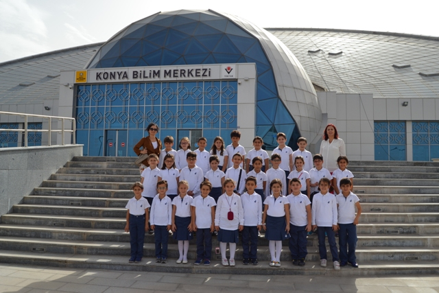 Diltaşlılar Bilim Merkezi'ni gezdi