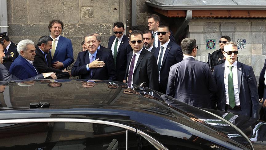 Erdoğan Cuma namazını Konya'da Kapu Camisi'nde kıldı
