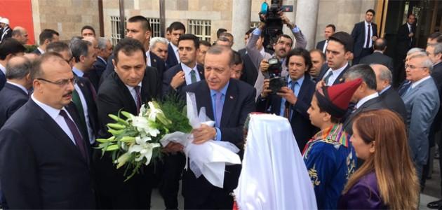 Cumhurbaşkanı Erdoğan, Konya Valiliğini ziyaret etti