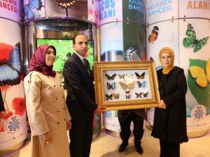 Emine Erdoğan, Konya Tropikal Kelebek Bahçesi'ni gezdi