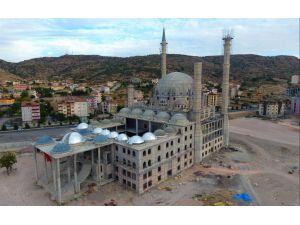 Nevşehir Külliyesi hayırseverlerin desteği ile yükseliyor