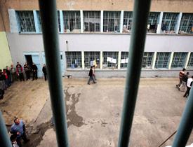 FETÖ'den tutuklu Uğur Derin Dondurucu'nun sahibi hayatını kaybetti