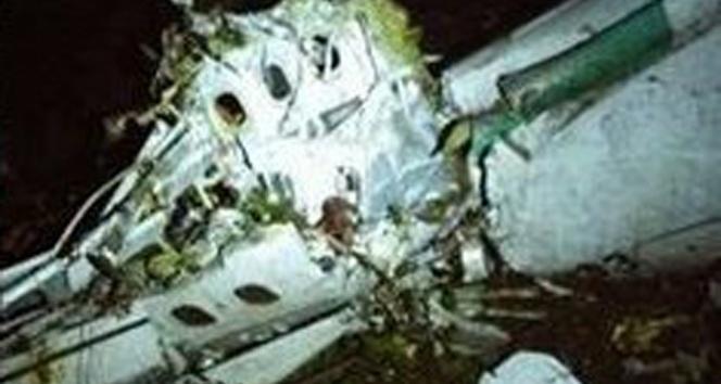 Düşen uçaktan kurtulan kalecinin sağ bacağı kesildi