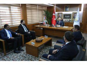 Kent Konseyi üyeleri, başkan Aydın'ı ziyaret etti
