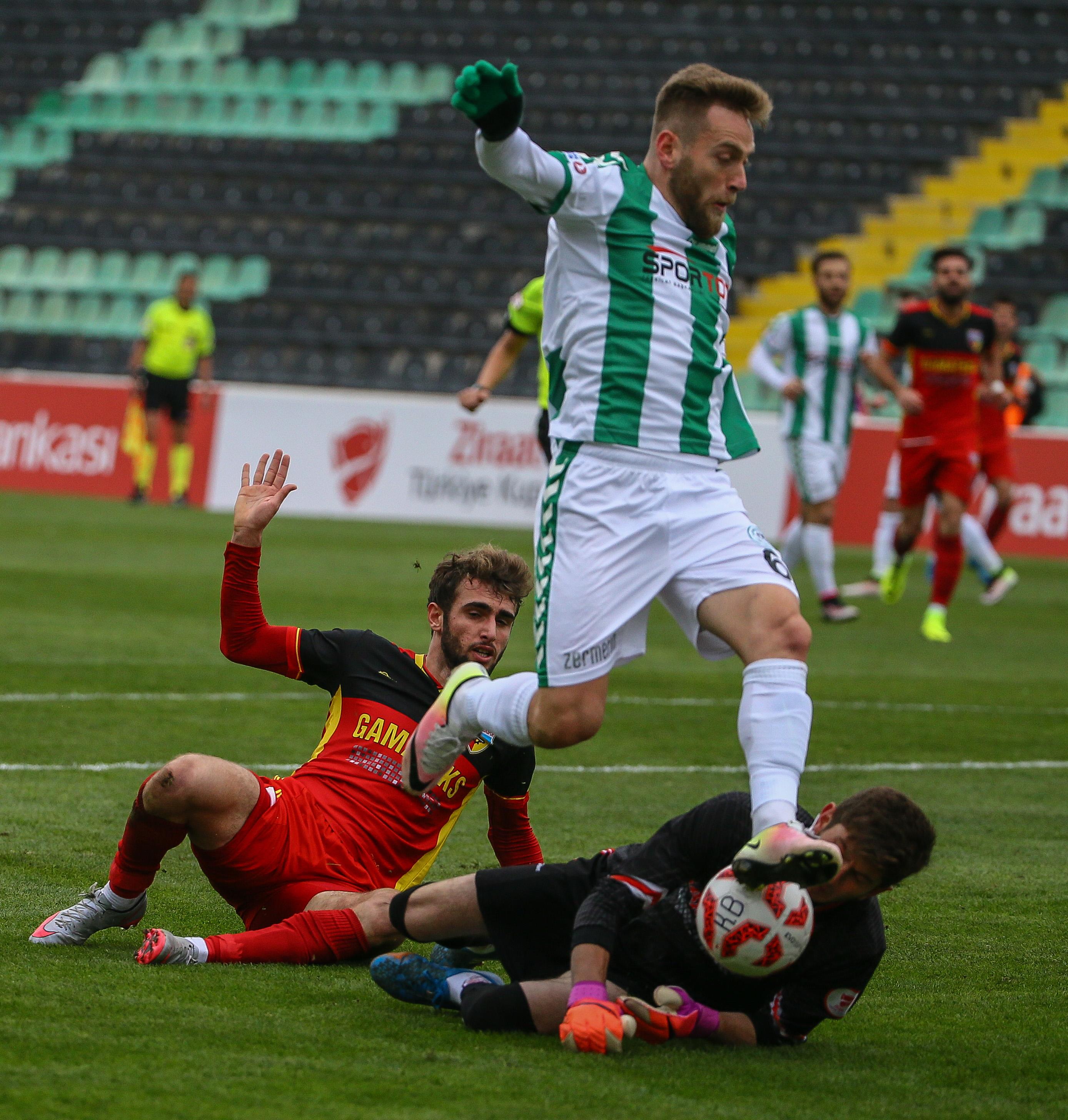 Halil İbrahim Sönmez'den gol şov