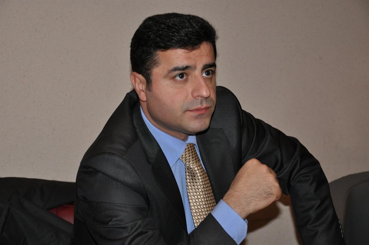 """Demirtaş ve Önder'in """"terör örgütü propagandası"""" davasına devam edildi"""