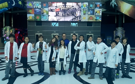 TED öğrencileri bilim merkezinde
