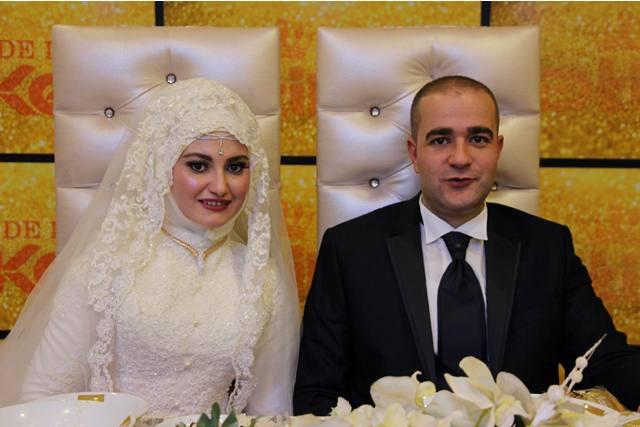 Hüseyin Menekşe Oğlu'nu Evlendirdi