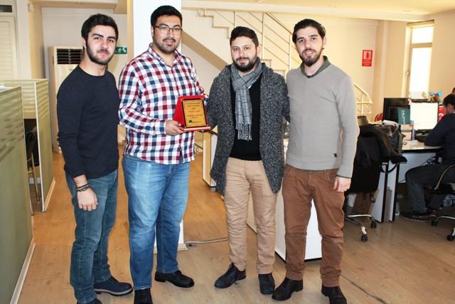 Konyasporluyuz.com'dan Memleket'e ödül