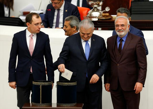 Anayasa Değişiklik Teklifinin 3. Maddesi Meclis'te Kabul Edildi!