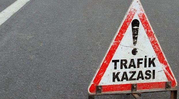 Konya'da Otobüs Ile Otomobil Çarpıştı